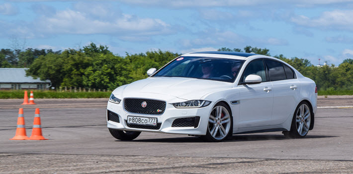 How to Detect Air Suspension Failure in a Jaguar