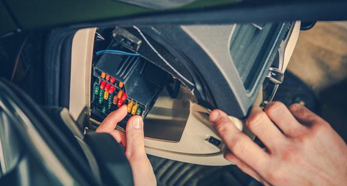 Audi Mechanic Checking Fuse